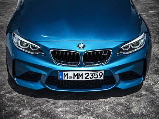 В производство спорткаров БМВ М2 были снова внесены обновления