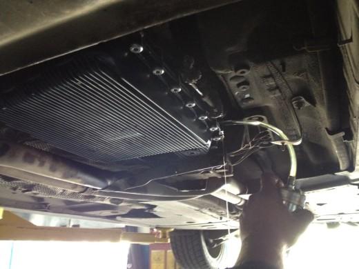 Заменяем масло в автоматической коробки передач на БМВ Х5 Е53 собственными руками