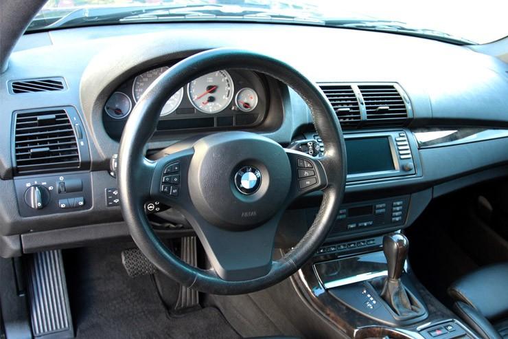 Как справиться с тугим рулем на БМВ Х5 Е53