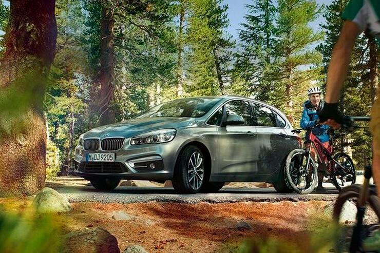 Объявлен старт российских продаж компактвэнов BMW 218i Active Tourer