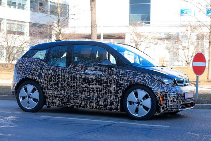 Электрокар BMW i3 обновился и обзавелся спорт-версией