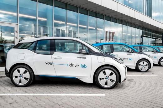 Гибридные BMW i3 для каршеринга в Москве и БМВ для бездорожья